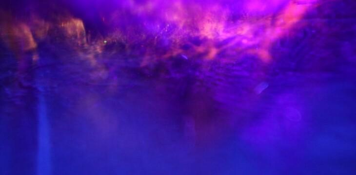 Fioletowa aura. Wgląd, introspekcja, medytacja. Czujesz to? :)